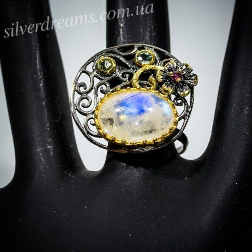 Дизайнерское кольцо с лунным камнем