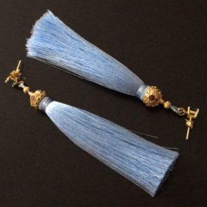 Серебряные серьги-кисточки из японского шёлка Голубые