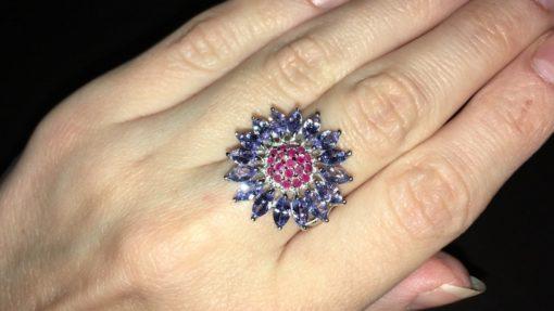 Серебряное кольцо с танзанитами