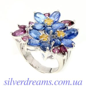 Серебряное кольцо Кианит-Родолит-Сапфир