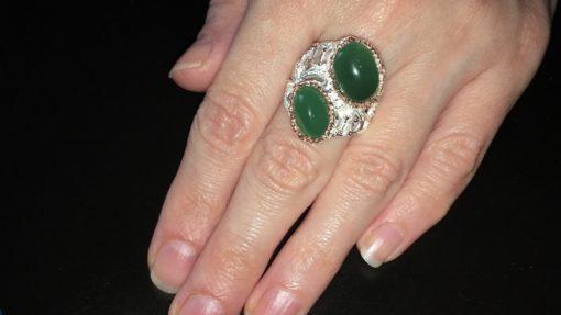 Серебряный перстень с зелёным агатом