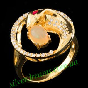 Кольцо Кобра с опалом в серебре с позолотой