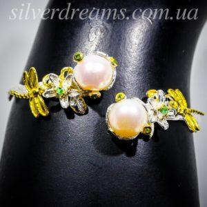 Серебряный браслет с жемчугом и изумрудами
