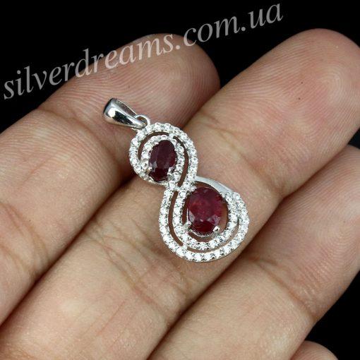 Рубиновый кулон в серебре