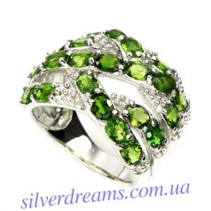 Серебряное кольцо с диопсидами