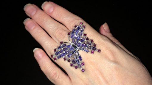 Серебряное кольцо Бабочка с танзанитами