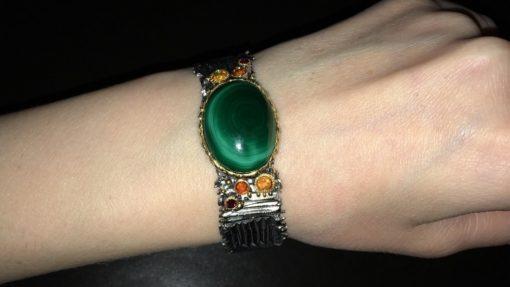 Серебряный браслет-обруч с малахитом