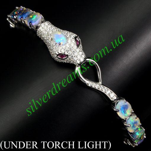 Опаловый браслет Змея в серебре