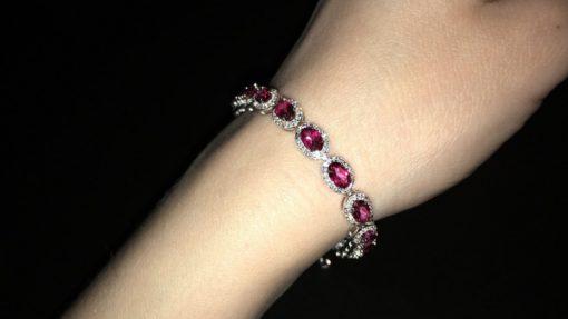 Браслет с розовыми топазами в серебре