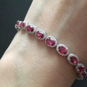 Серебряный браслет с розовыми топазами