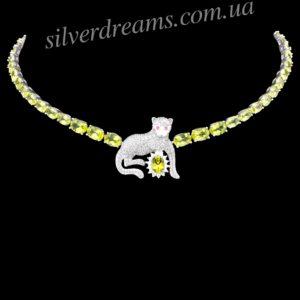 Серебряное колье Пантера с хризолитами
