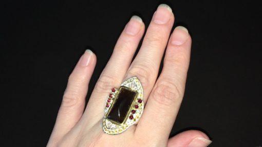Серебряный перстень с раухтопазом