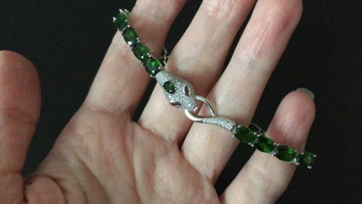 Серебряный браслет Змея с хромдиопсидом