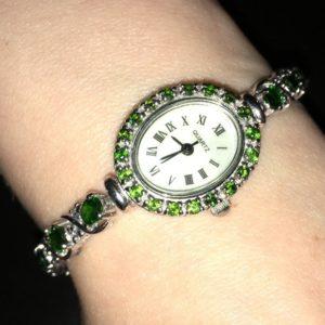 Серебряные часы/браслет с диопсидами и танзанитами