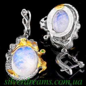 Серьги с лунным камнем в серебре
