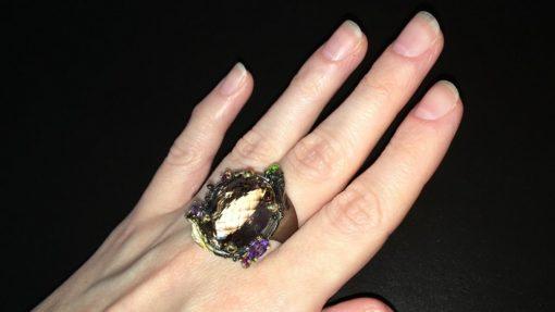 Серебряное кольцо с крупным аметрином