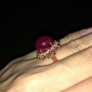 Серебряное кольцо с крупным рубином