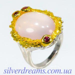 Кольцо с розовым кварцем в серебре