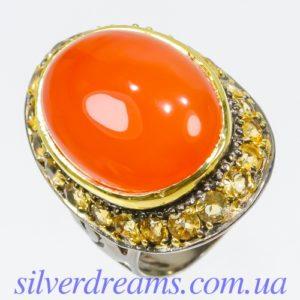 Серебряный перстень с крупным сердоликом