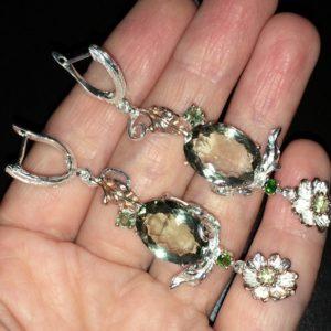 Длинные серебряные серьги с празиолитом