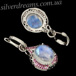 Серебряные серьги с крупным лунным камнем