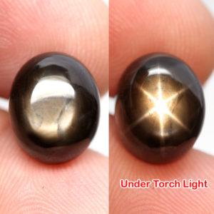 Натуральный чёрный звёздчатый сапфир 12,96 кт