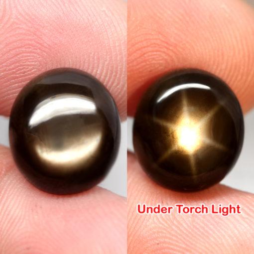 Крупный натуральный чёрный звёздчатый сапфир 13,27 кт