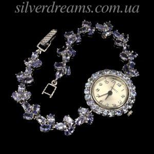 Серебряные часы-браслет с танзанитами