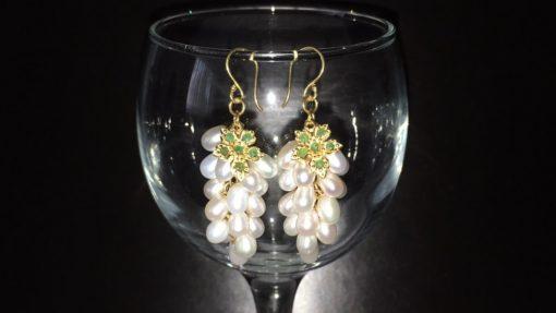 Серебряные серьги Виноград с жемчугом и изумрудами