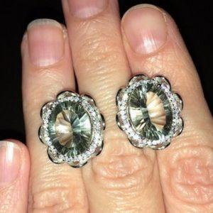 Серебряные серьги с крупным зелёным аметистом