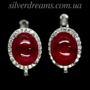 Серебряные серьги с рубином кабошон