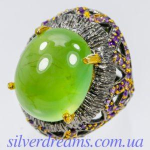 Серебряный перстень с крупным пренитом