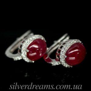 Серебряные серьги с гладким рубином