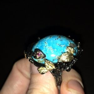 Серебряный перстень с крупным варисцитом