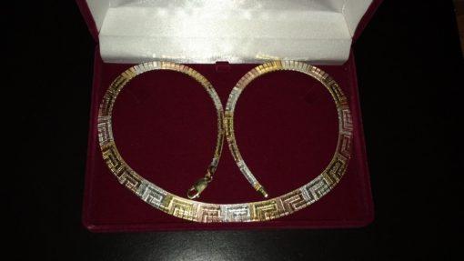 Серебряное ожерелье с трёхцветной позолотой