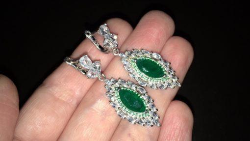 Серебряные серьги с зелёным агатом