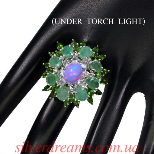 Коктейльное кольцо из серебра Опал Изумруд Диопсид Танзанит