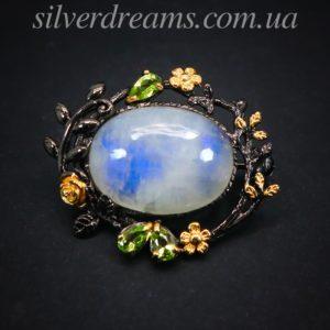 Серебряная брошь с лунным камнем адуляр