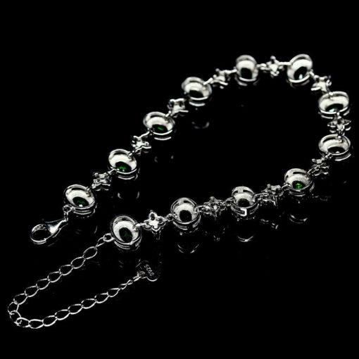 Серебряный браслет с хромдиопсидами