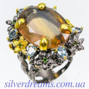 Серебряное кольцо с двухцветным флюоритом