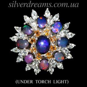 Серебряное кольцо с радужным опалом и аквамаринами